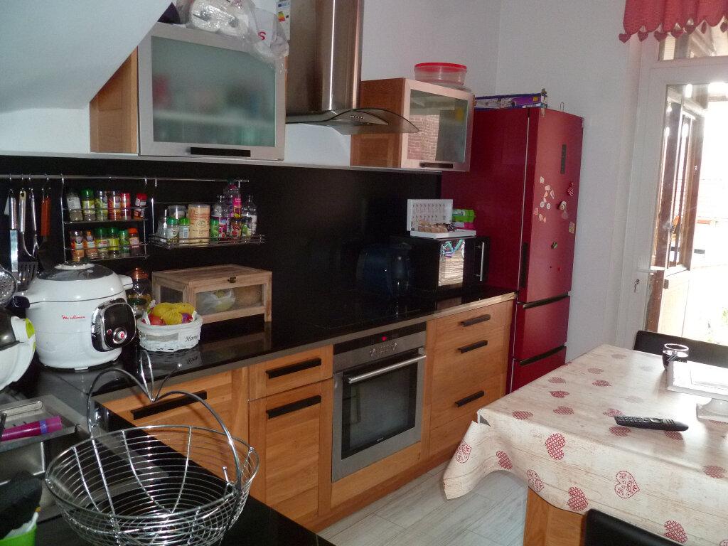 Maison à vendre 5 128m2 à Saint-Just-en-Chaussée vignette-2