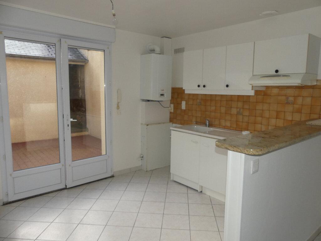 Maison à louer 3 50m2 à Saint-Just-en-Chaussée vignette-2