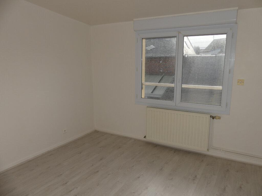Maison à louer 3 50m2 à Saint-Just-en-Chaussée vignette-4