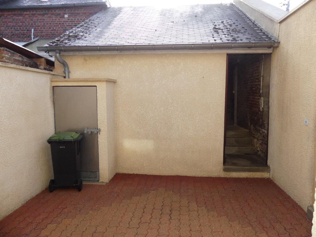 Maison à louer 3 50m2 à Saint-Just-en-Chaussée vignette-6