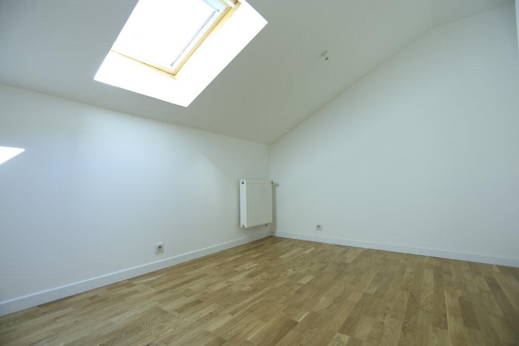 Appartement à vendre 3 60.3m2 à Aix-les-Bains vignette-3