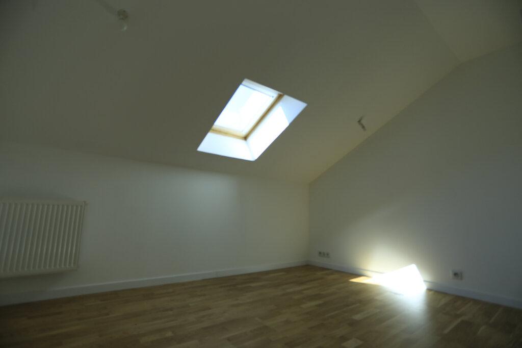 Appartement à vendre 3 60.3m2 à Aix-les-Bains vignette-6