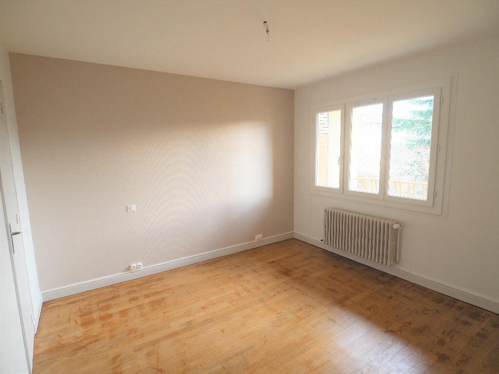 Appartement à louer 2 42m2 à Aix-les-Bains vignette-5