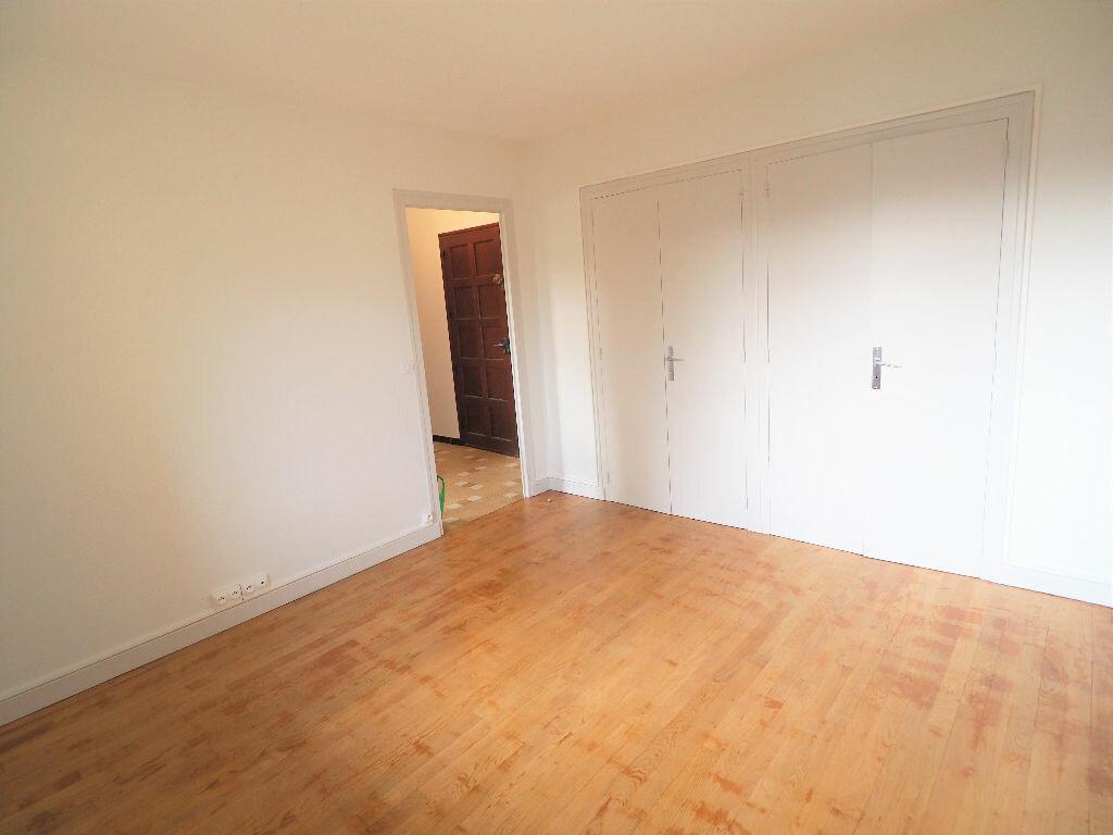 Appartement à louer 2 42m2 à Aix-les-Bains vignette-6