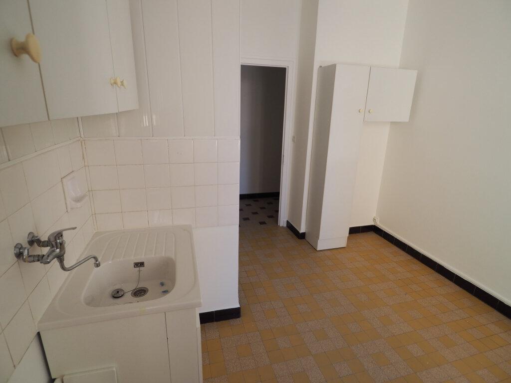 Appartement à louer 3 60m2 à Aix-les-Bains vignette-10