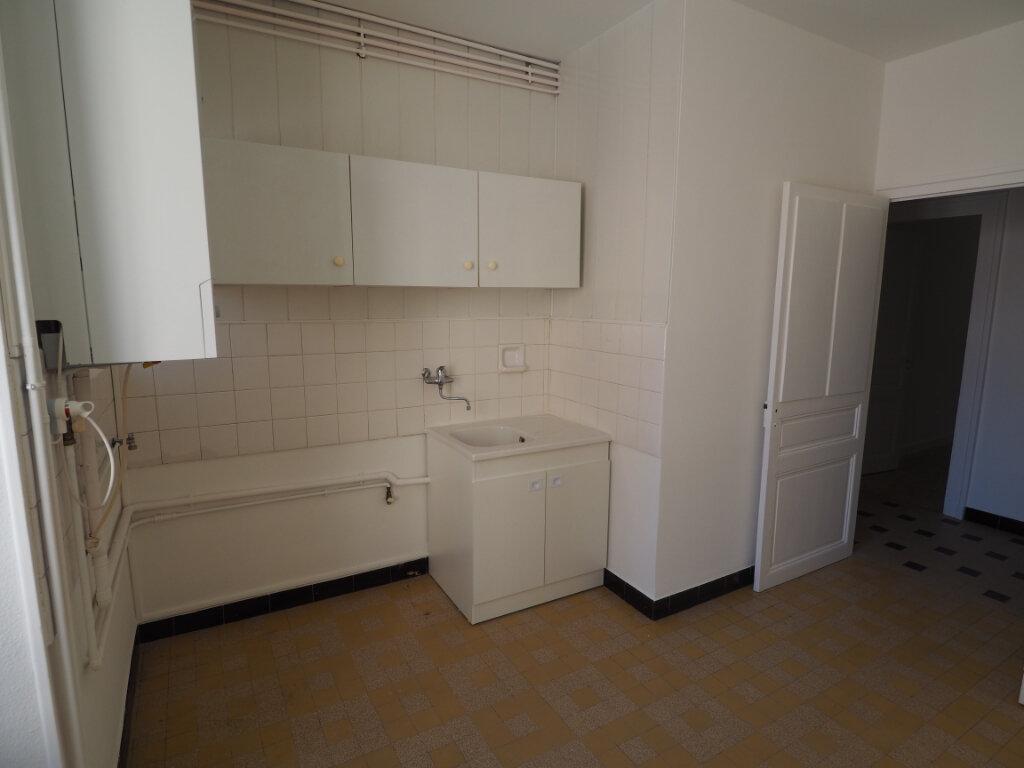 Appartement à louer 3 60m2 à Aix-les-Bains vignette-11