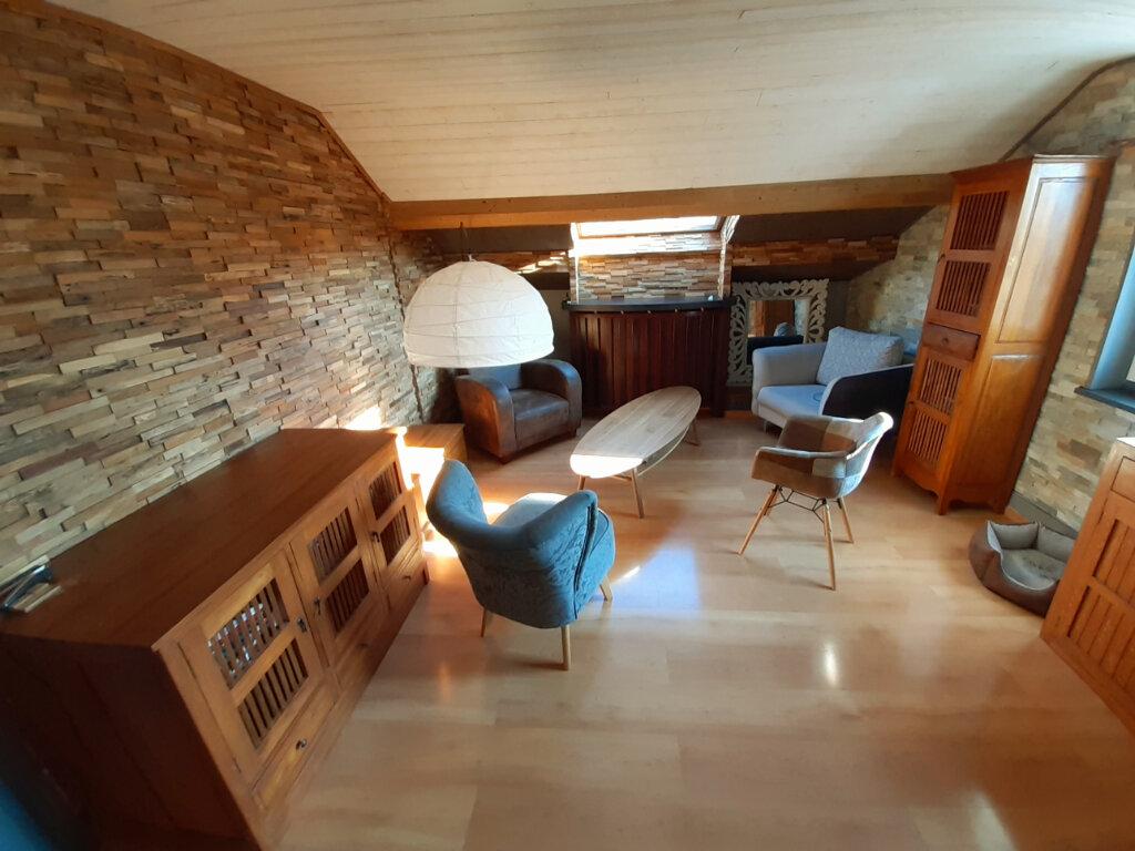 Appartement à louer 3 77.73m2 à Aix-les-Bains vignette-2