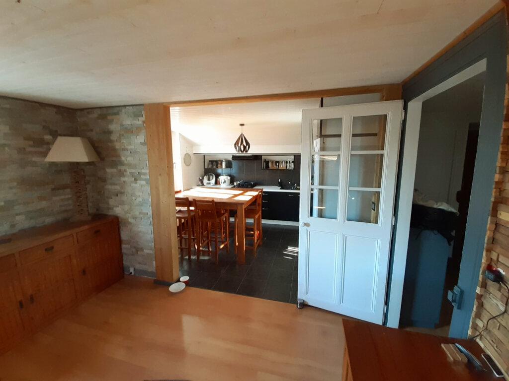 Appartement à louer 3 77.73m2 à Aix-les-Bains vignette-3
