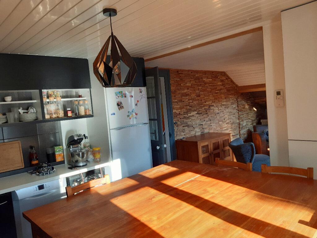 Appartement à louer 3 77.73m2 à Aix-les-Bains vignette-4