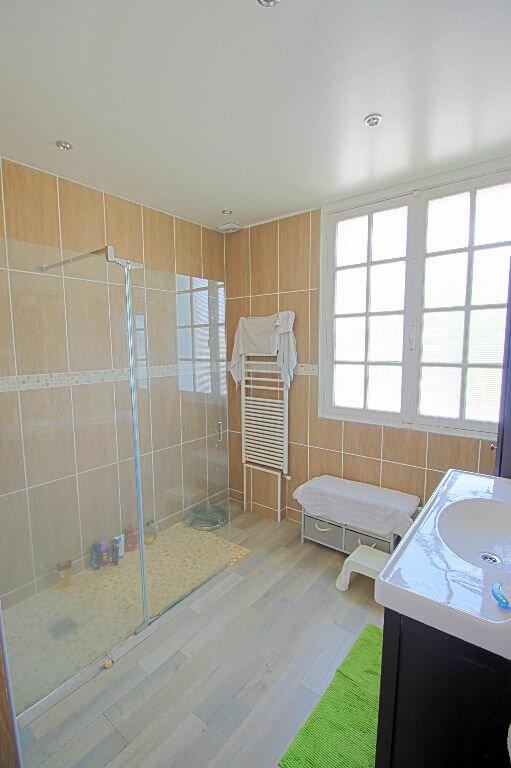 Maison à vendre 9 235m2 à Estrées-Saint-Denis vignette-4