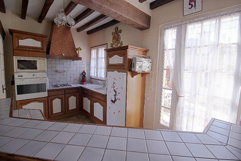 Maison à vendre 4 90m2 à Estrées-Saint-Denis vignette-5