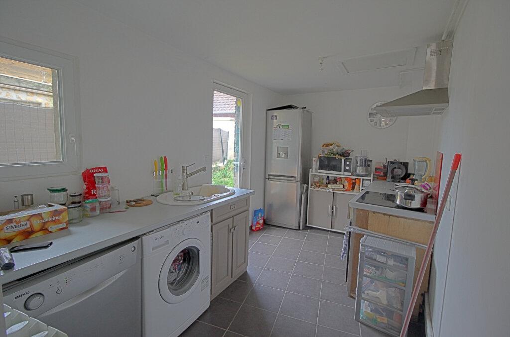 Maison à vendre 3 52m2 à Estrées-Saint-Denis vignette-3