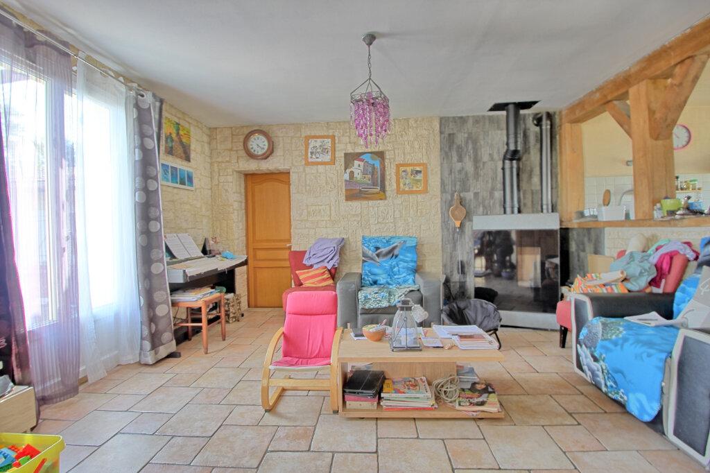 Maison à vendre 8 140m2 à Estrées-Saint-Denis vignette-4