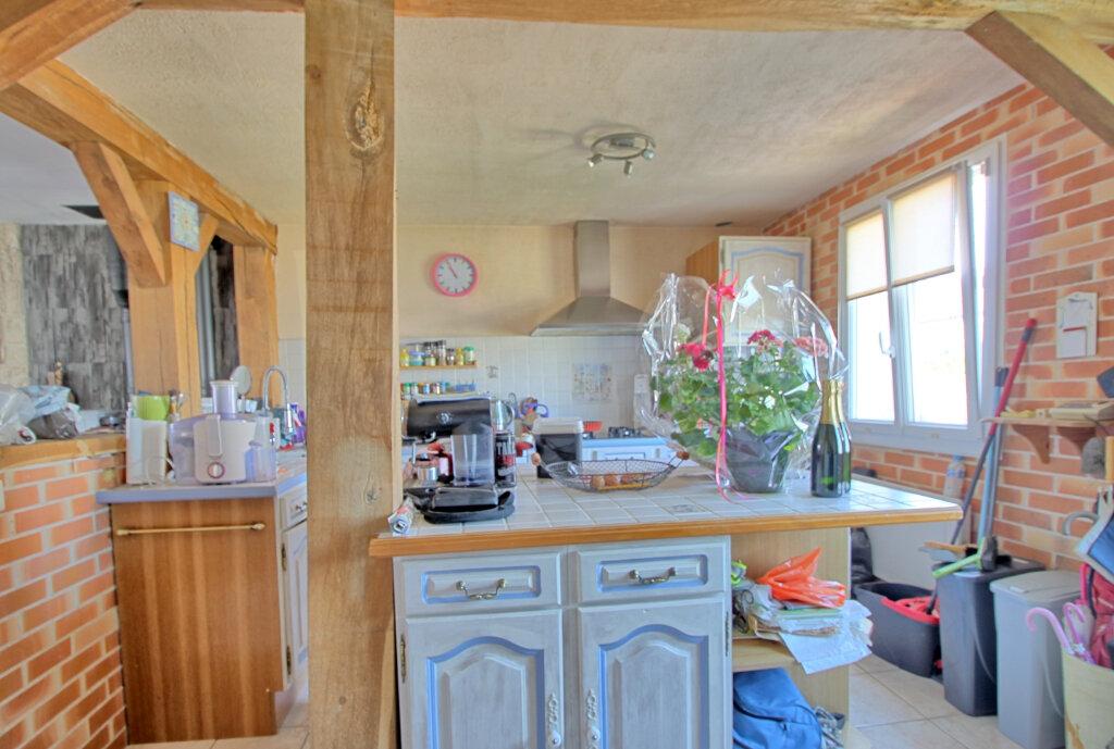 Maison à vendre 8 140m2 à Estrées-Saint-Denis vignette-5