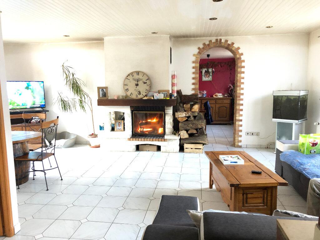 Maison à vendre 9 220m2 à Estrées-Saint-Denis vignette-3