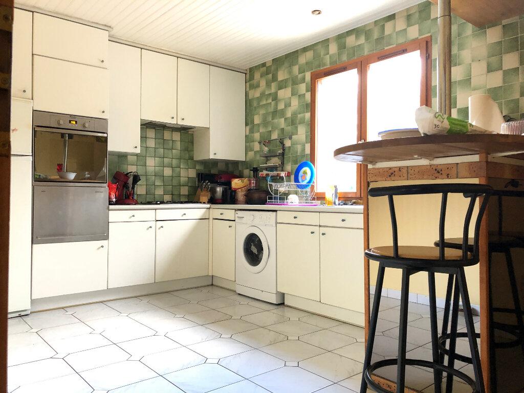 Maison à vendre 9 220m2 à Estrées-Saint-Denis vignette-5