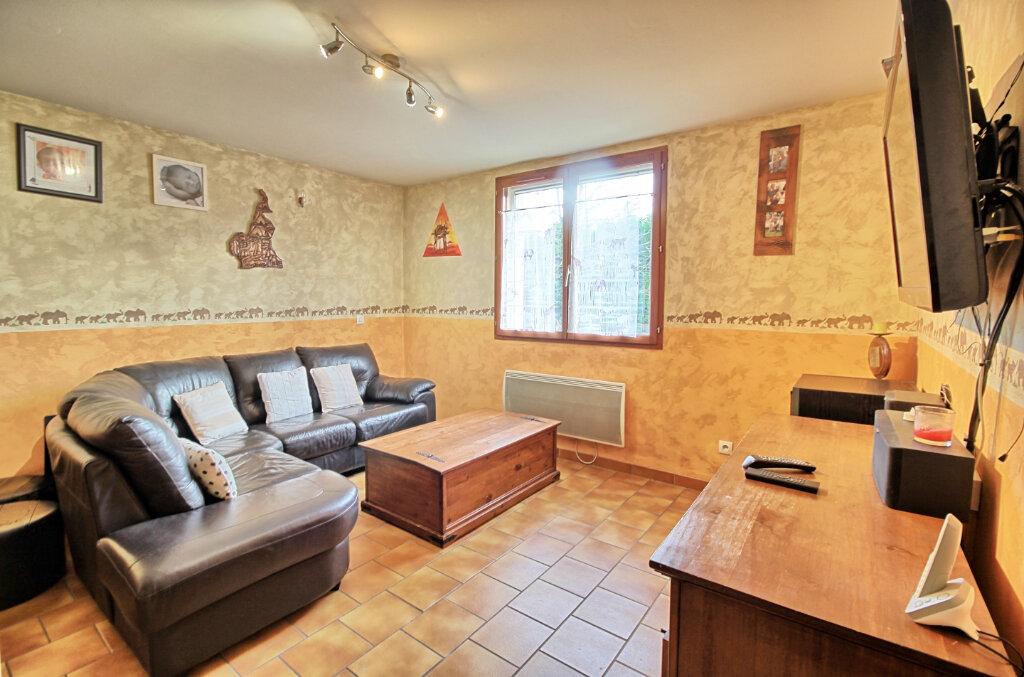 Maison à vendre 4 75m2 à Estrées-Saint-Denis vignette-2