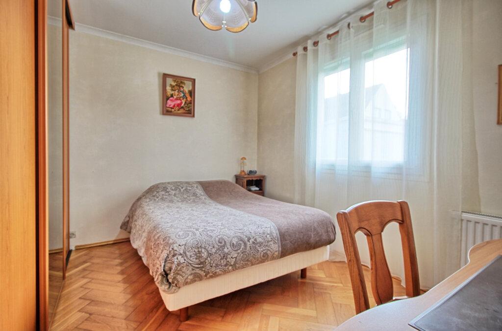Maison à vendre 5 115.55m2 à Estrées-Saint-Denis vignette-8