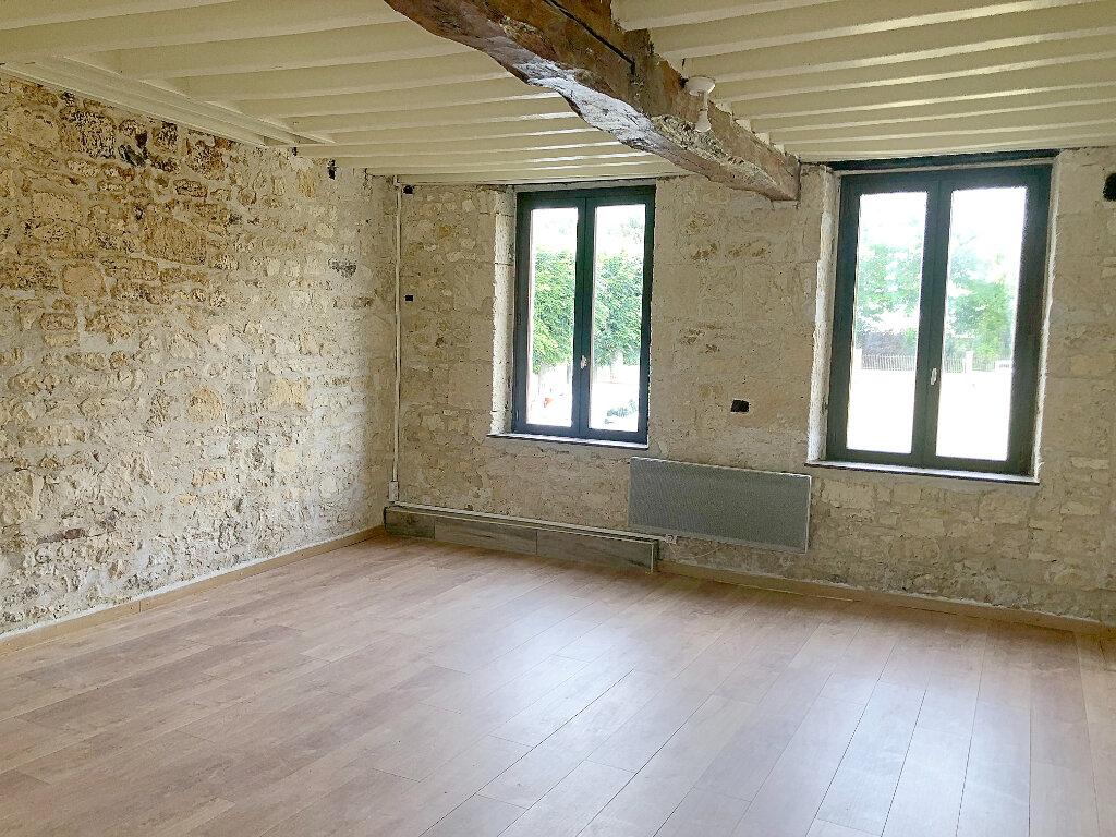 Appartement à louer 1 31m2 à Monchy-Humières vignette-1