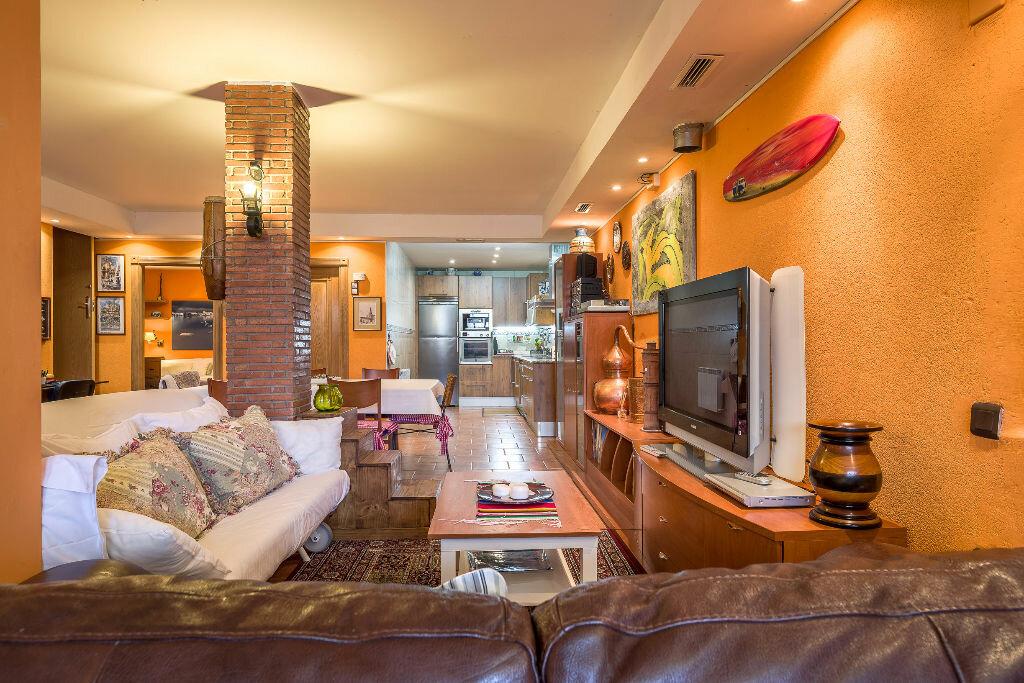 Maison à vendre 6 300m2 à Hendaye vignette-9