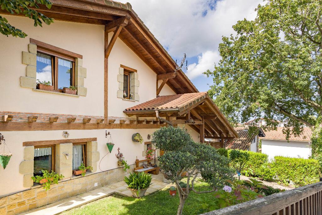 Maison à vendre 6 300m2 à Hendaye vignette-14