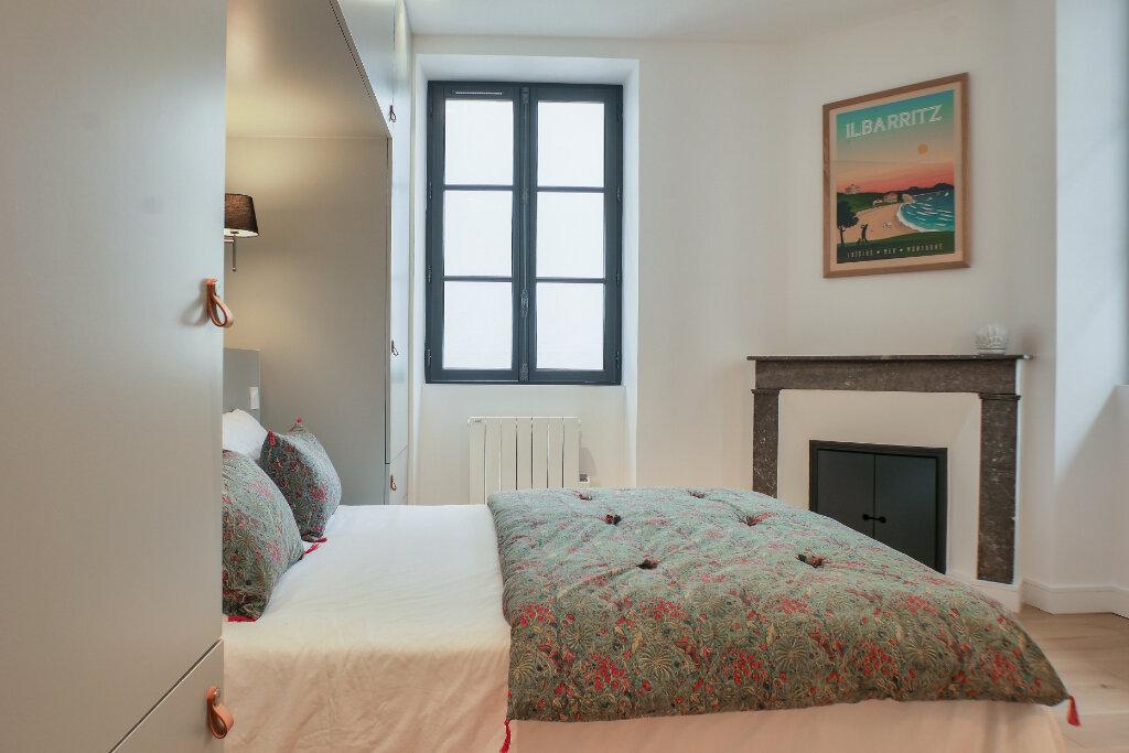 Appartement à vendre 3 63m2 à Saint-Jean-de-Luz vignette-3