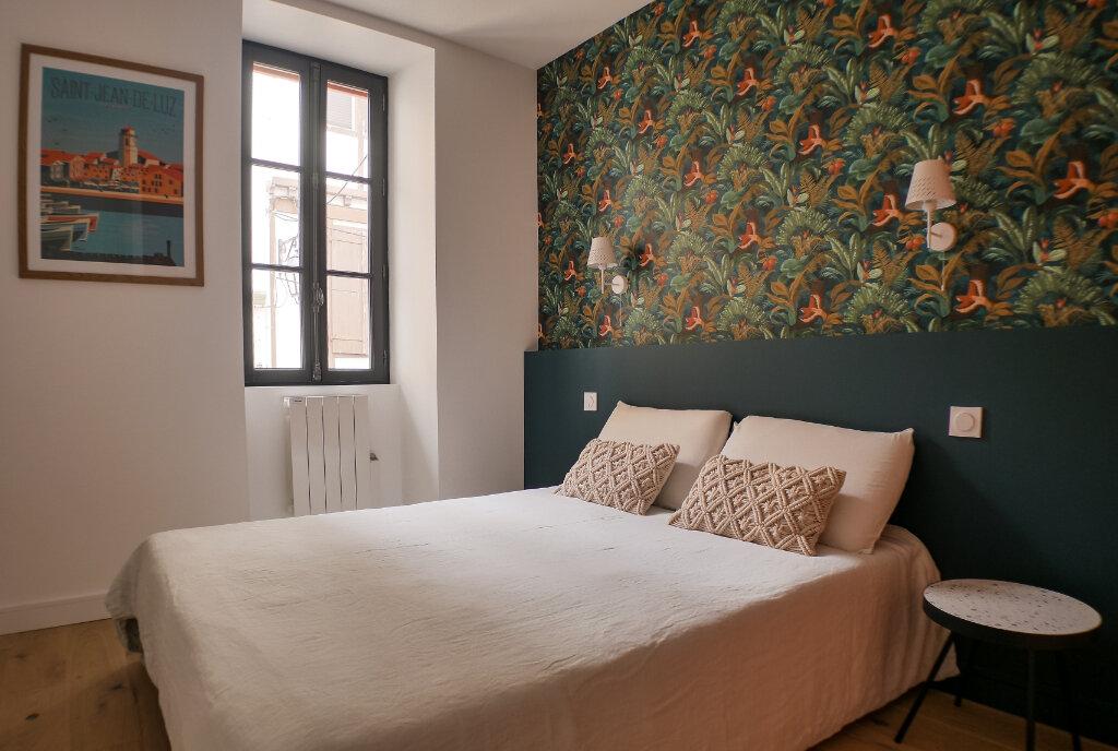 Appartement à vendre 3 63m2 à Saint-Jean-de-Luz vignette-4