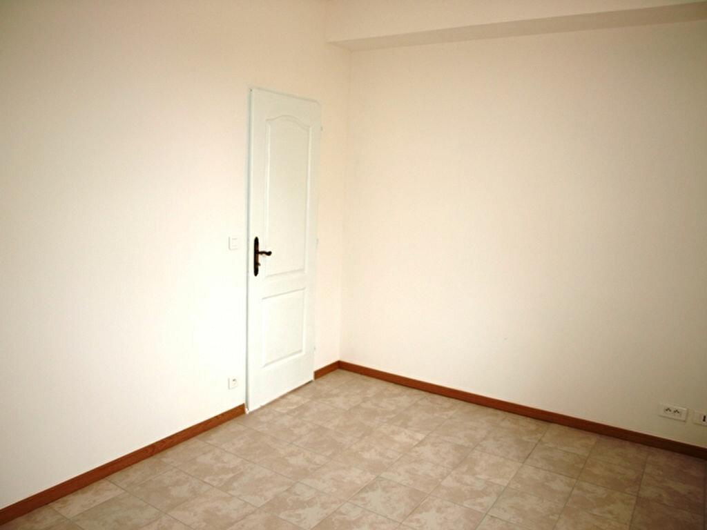 Appartement à louer 2 42.9m2 à Neuilly-en-Vexin vignette-4