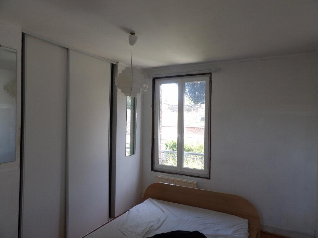 Maison à louer 4 83.05m2 à Fresneaux-Montchevreuil vignette-4
