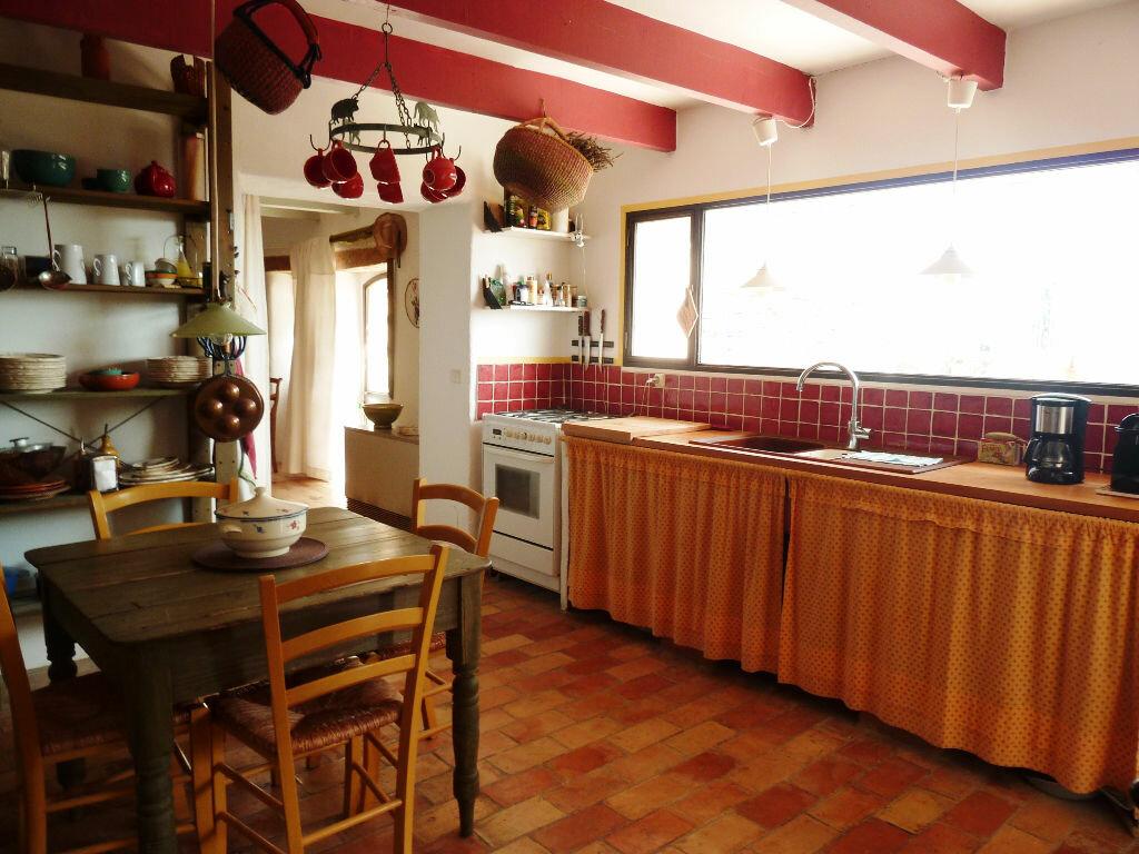 Maison à vendre 8 215m2 à Fontienne vignette-5