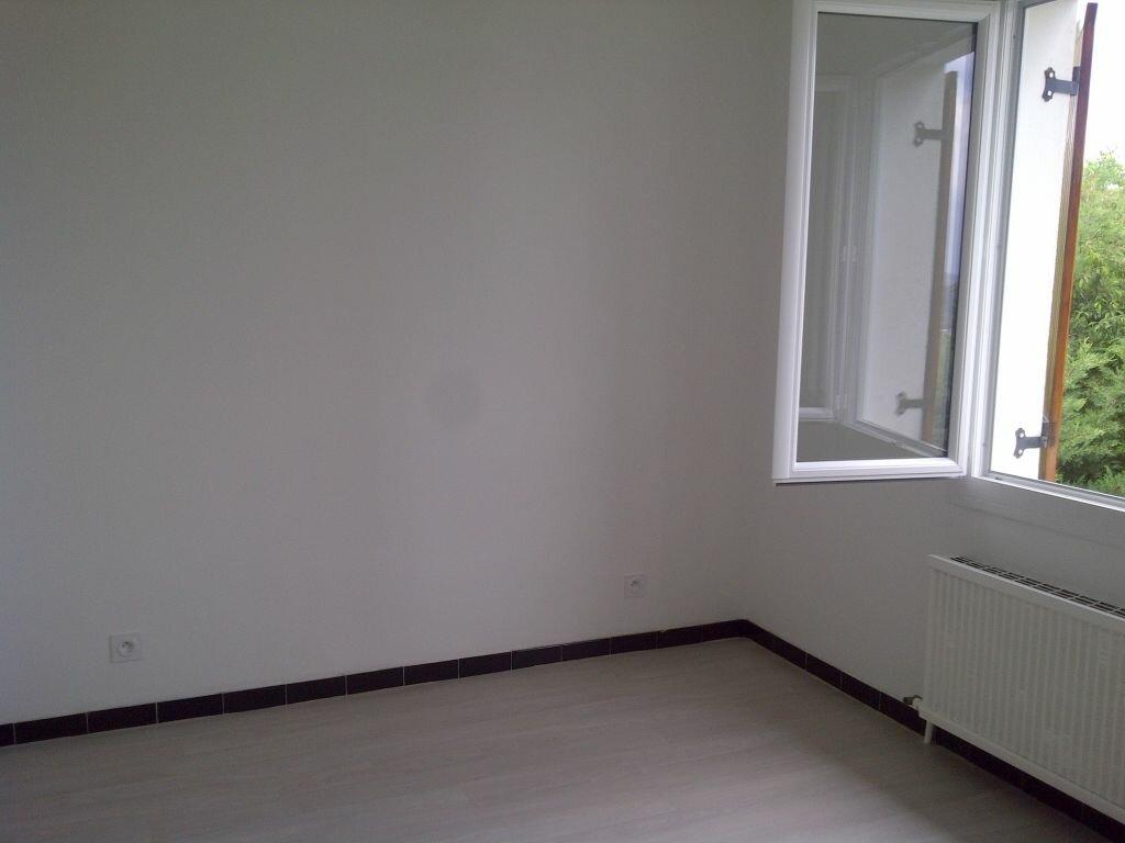 Appartement à louer 4 85m2 à Forcalquier vignette-6