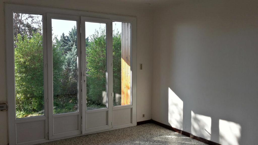 Appartement à louer 3 59m2 à Forcalquier vignette-6