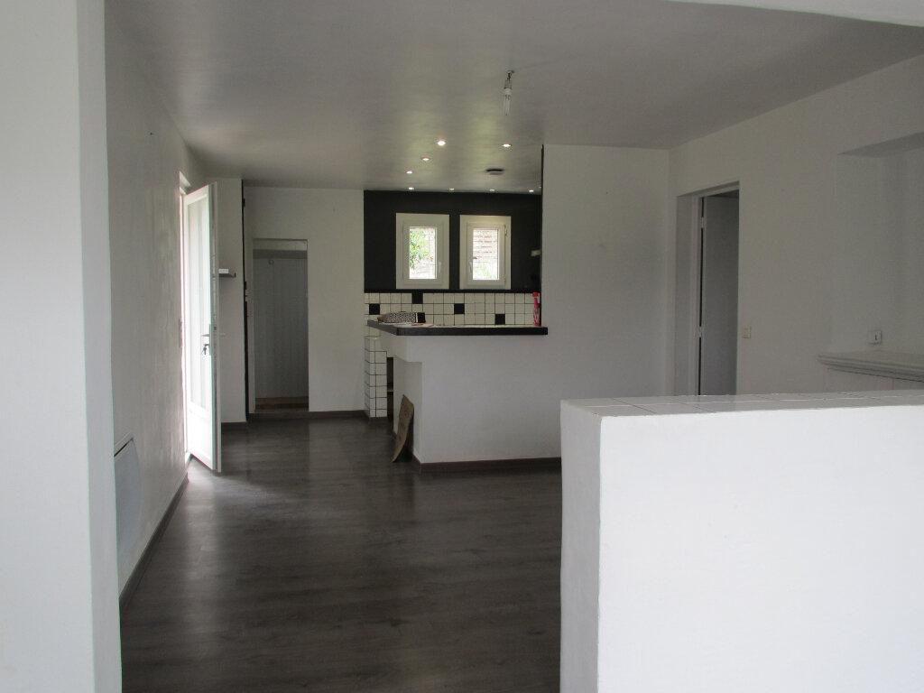 Maison à louer 3 78.92m2 à Villeneuve vignette-3