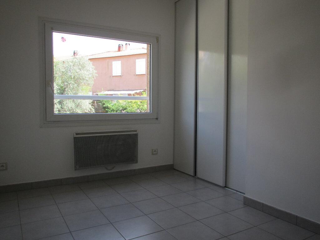 Appartement à louer 4 71.29m2 à Forcalquier vignette-5