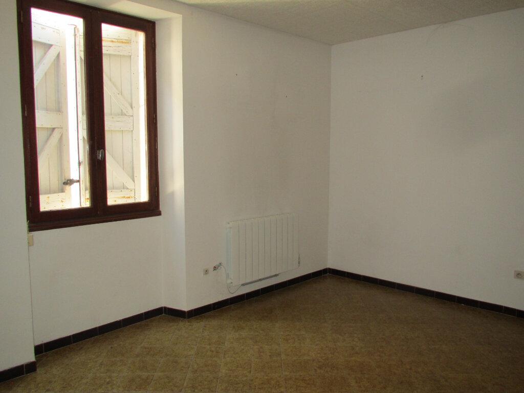 Appartement à louer 3 79.97m2 à Forcalquier vignette-4