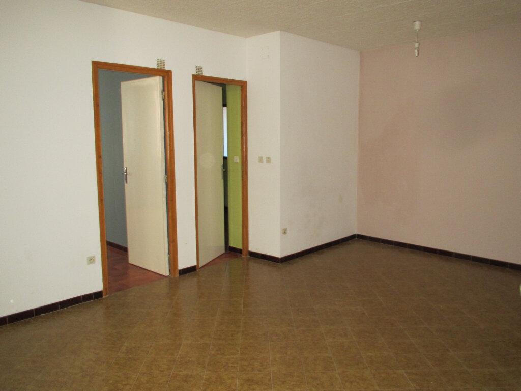 Appartement à louer 3 79.97m2 à Forcalquier vignette-5
