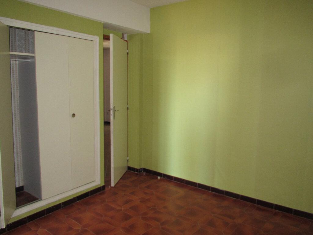 Appartement à louer 3 79.97m2 à Forcalquier vignette-7