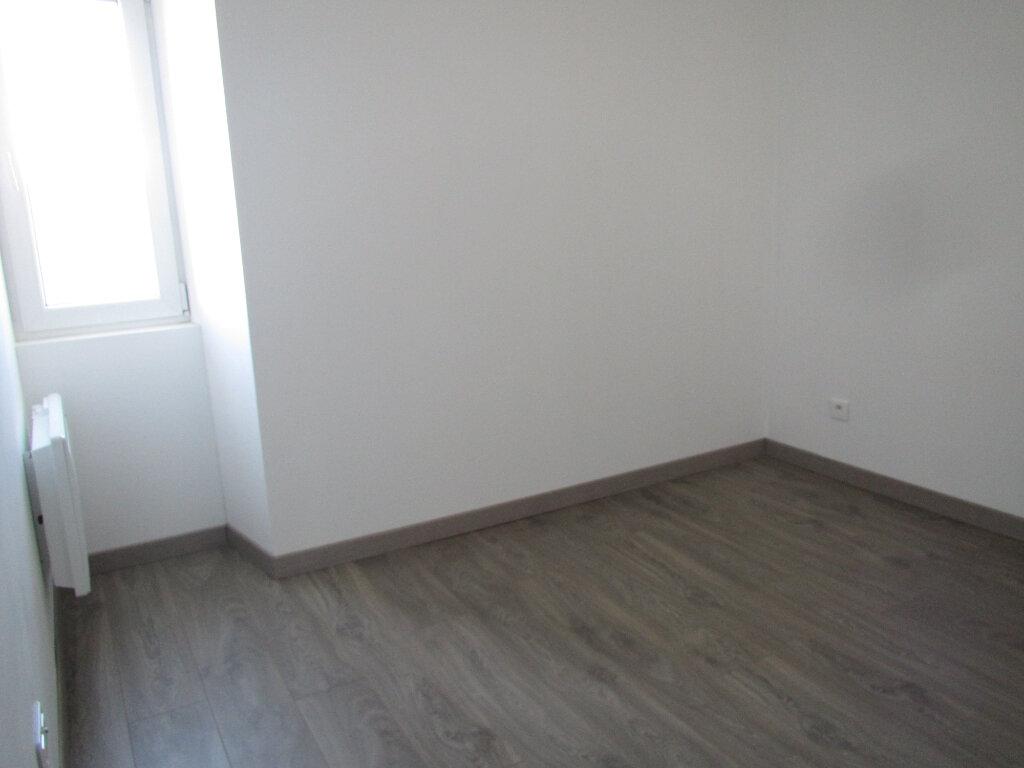 Appartement à louer 3 48.76m2 à Saint-Michel-l'Observatoire vignette-3