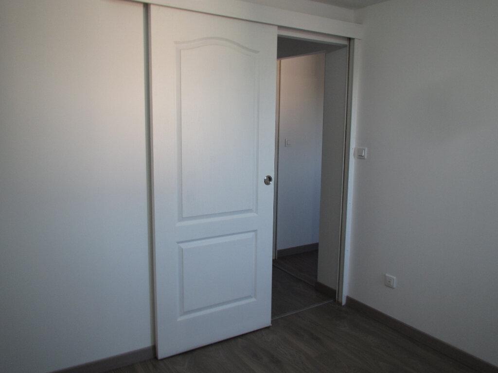 Appartement à louer 3 48.76m2 à Saint-Michel-l'Observatoire vignette-7