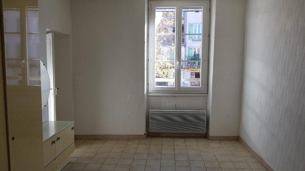 Appartement à louer 3 62.87m2 à Forcalquier vignette-4