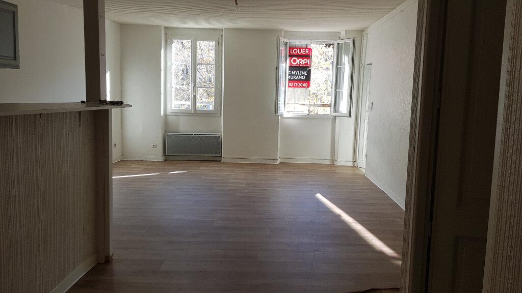 Appartement à louer 3 62.87m2 à Forcalquier vignette-7