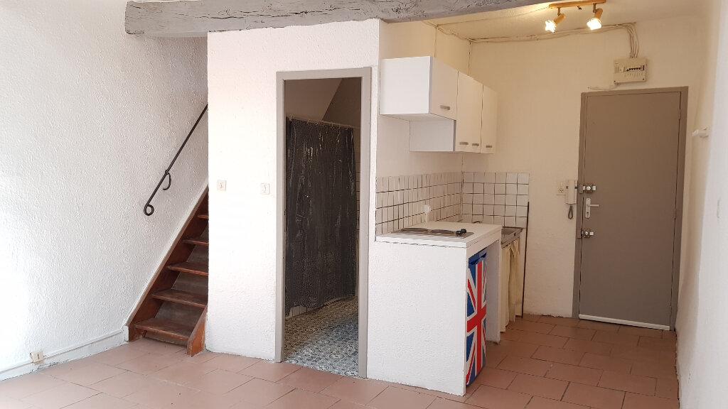 Appartement à louer 2 26m2 à Forcalquier vignette-2
