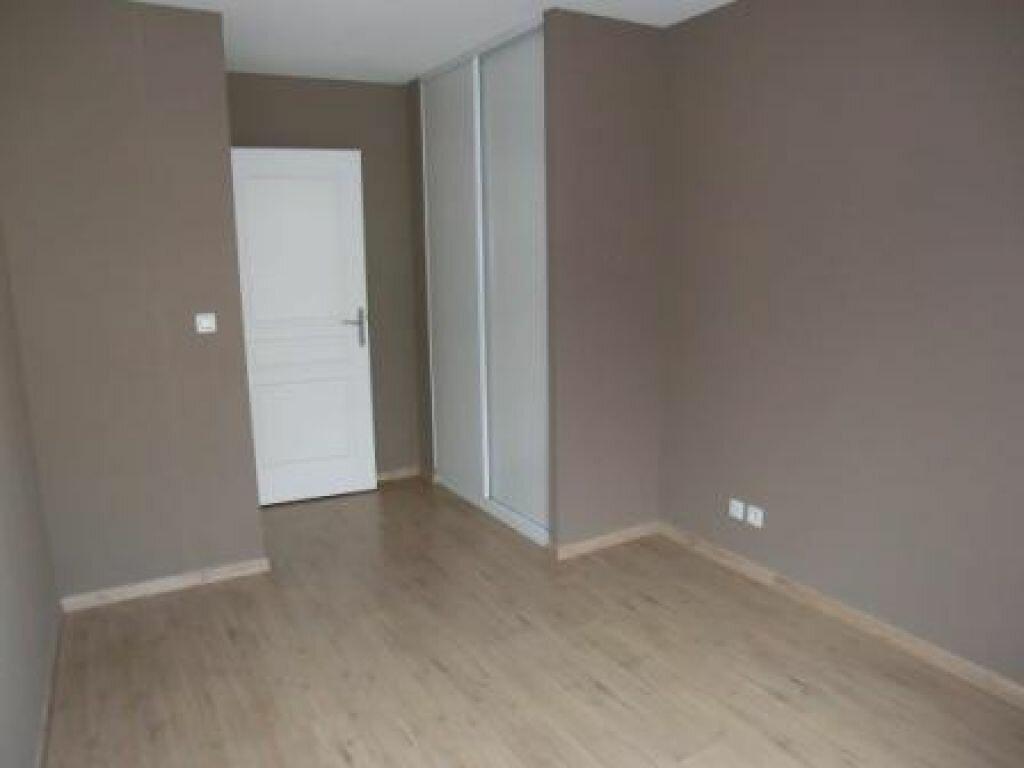 Appartement à louer 3 74m2 à Metz vignette-5