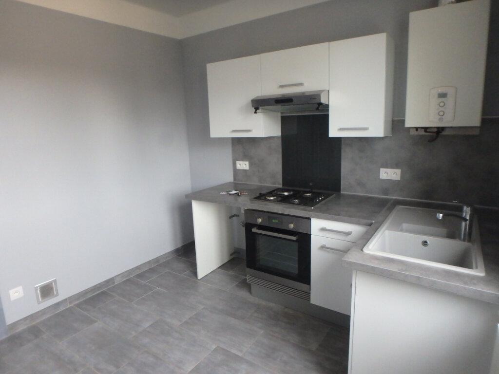 Appartement à louer 3 63.65m2 à Metz vignette-4