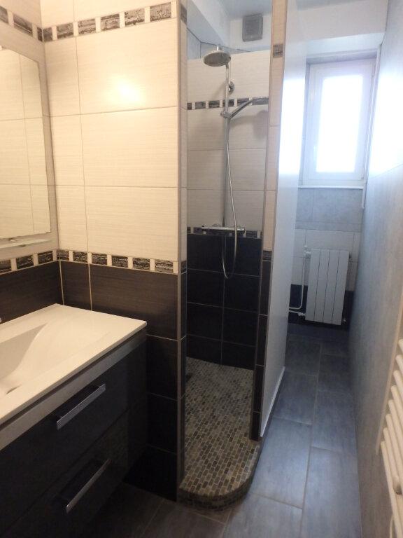 Appartement à louer 3 63.65m2 à Metz vignette-8