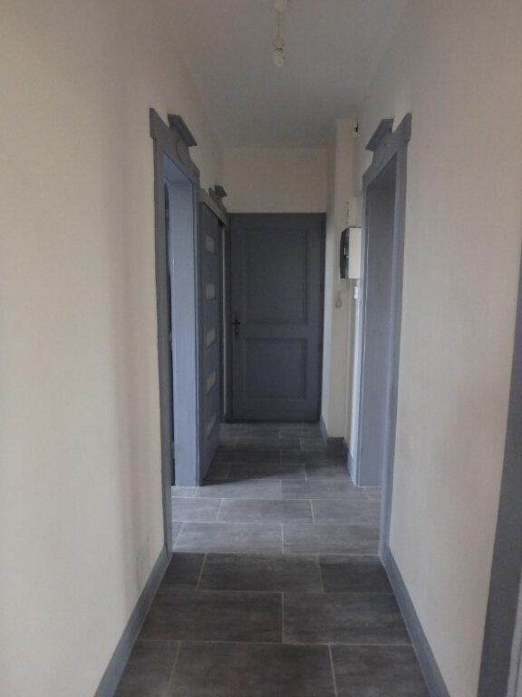 Appartement à louer 3 63.65m2 à Metz vignette-9