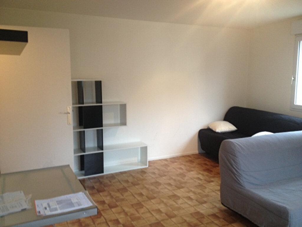 Appartement à louer 1 31.28m2 à Metz vignette-2