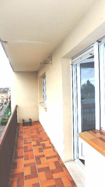 Appartement à louer 4 90m2 à Montigny-lès-Metz vignette-4