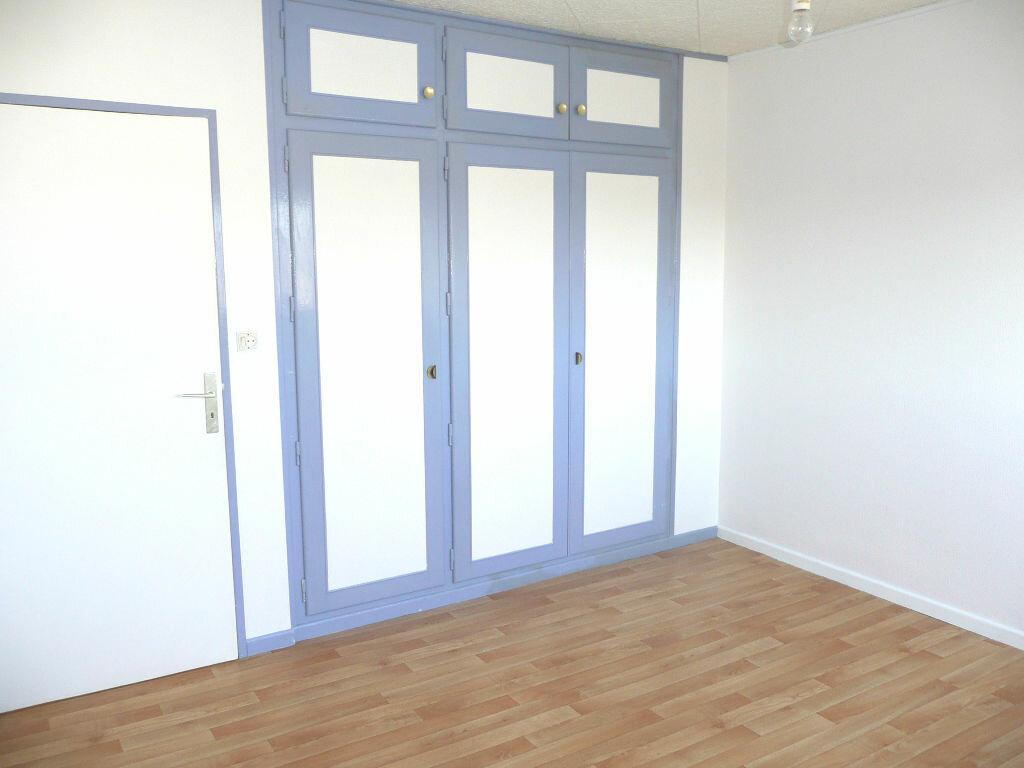 Appartement à louer 5 87.58m2 à Metz vignette-5