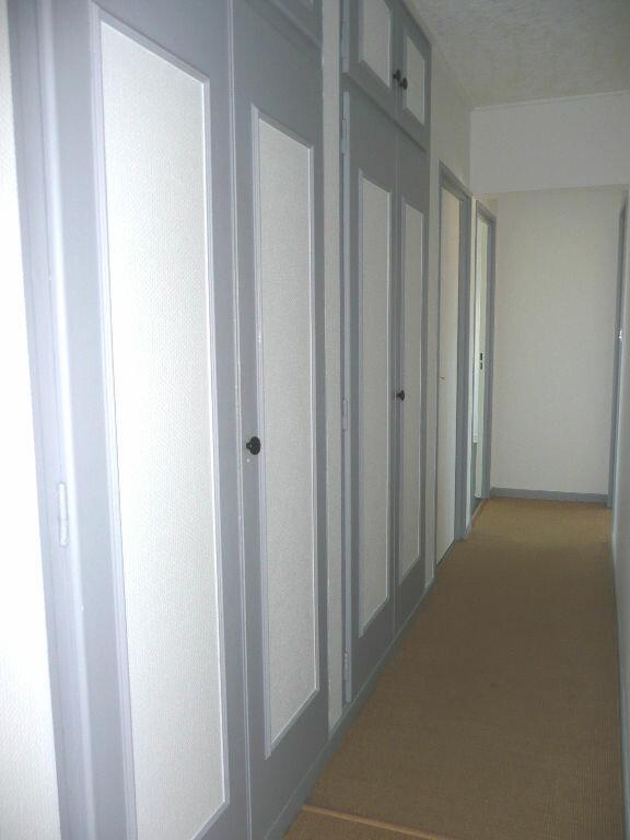 Appartement à louer 5 87.58m2 à Metz vignette-6